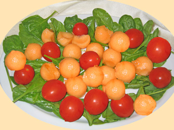 cherry tomato and spinach salad